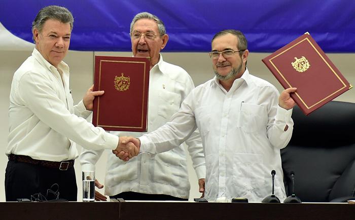 Firma Acuerdos de La Habana
