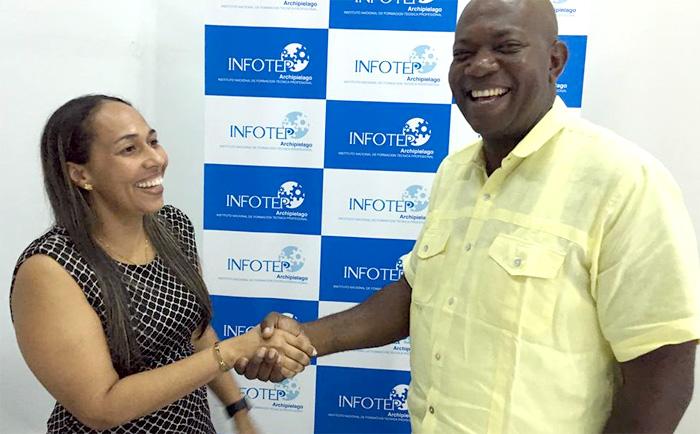 La Dra. Silvia Montoya Duffis y el Dr. Justiniano Brown, ambos candidatos a la rectoría del INFOTEP