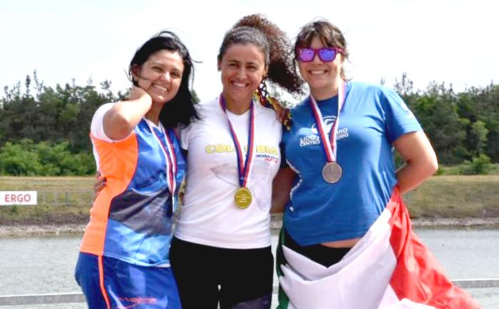 Llinet Marcela Serna González: Medalla de Plata en Campeonato Mundial de Natación en la República Checa