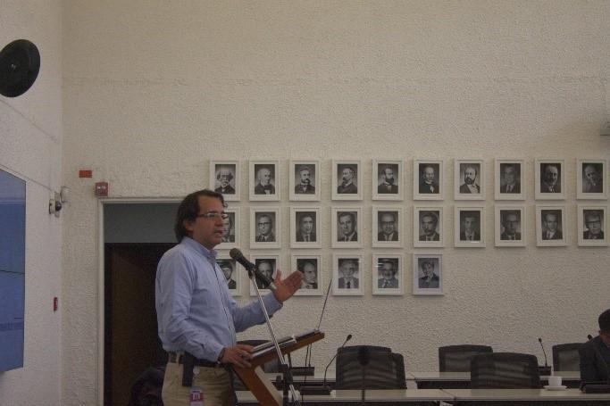 Asesor del Viceministro de Educación Superior, Gabriel Rueda
