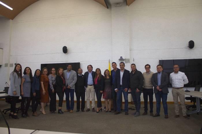 Representantes de las IES- REDTTU y funcionarios del MEN