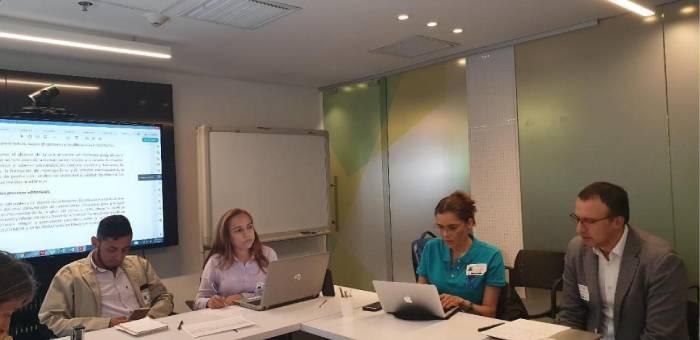 Participantes de la Mesa técnica de Publindex
