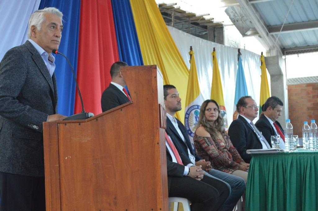 Director Ejecutivo de la REDTTU Felipe Ortiz interviene en ceremonia de posesión del rector Germán Colonia Alcalde del INTEP Roldanillo