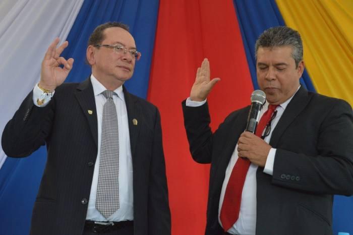 Posesión del rector Germán Colonia Alcalde del INTEP Roldanillo